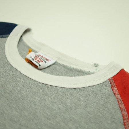 2本針で縫製のバインダー