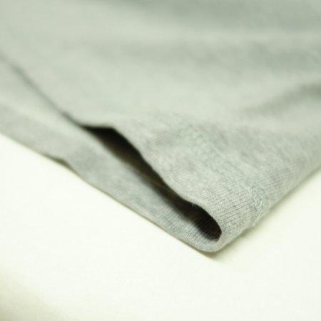 裾は3本針で縫製