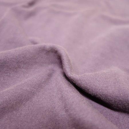 旧式の吊編み機で織られた上質な天竺