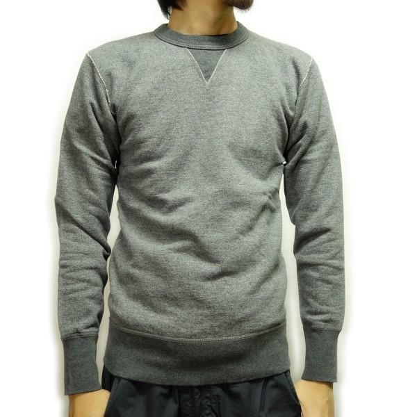 身長174cm(やせ型)Mサイズを着用例。